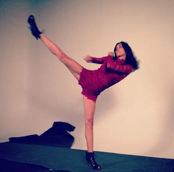 Et on commence avec l'énergique Daniela Ruah (NCIS : Los Angeles), à qui on n'a pas trop envie de se frotter
