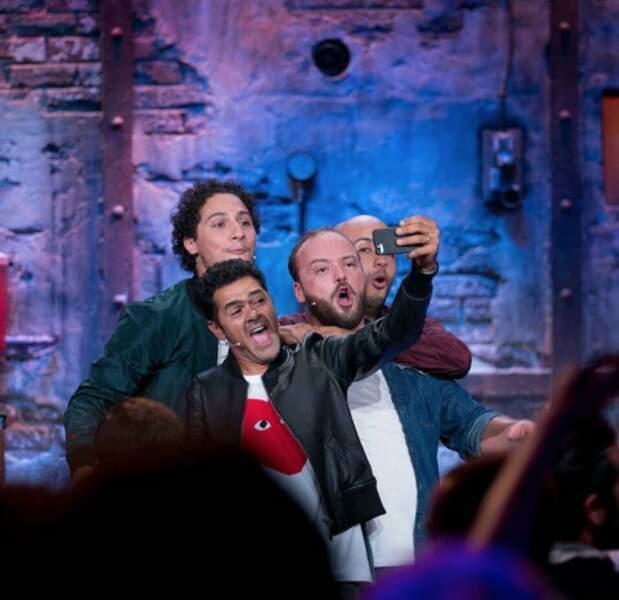 Et un selfie avec ses acolytes du Jamel Comedy Club !