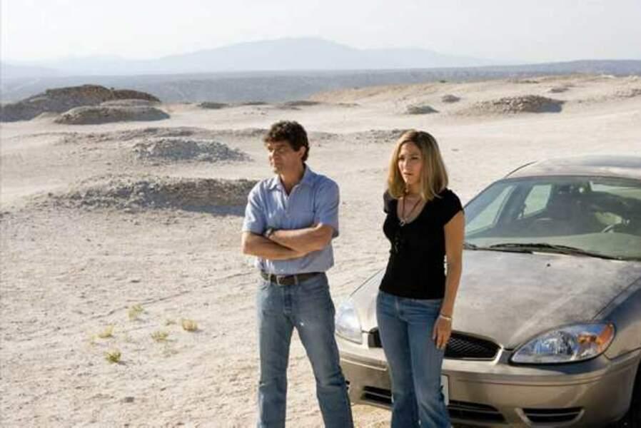Jennifer Lopez et Antonio Banderas dans Les Oubliées de Juarez (2006)