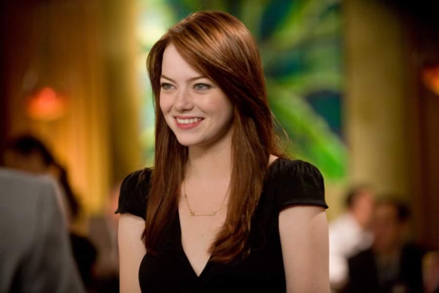 Elle y incarne Hannah, qui attend une demande en mariage... Bon c'est vrai, il attend quoi ?!