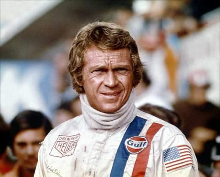 Steve McQueen interprète Michael Delaney, pilote qui revient au Mans après un grave accident