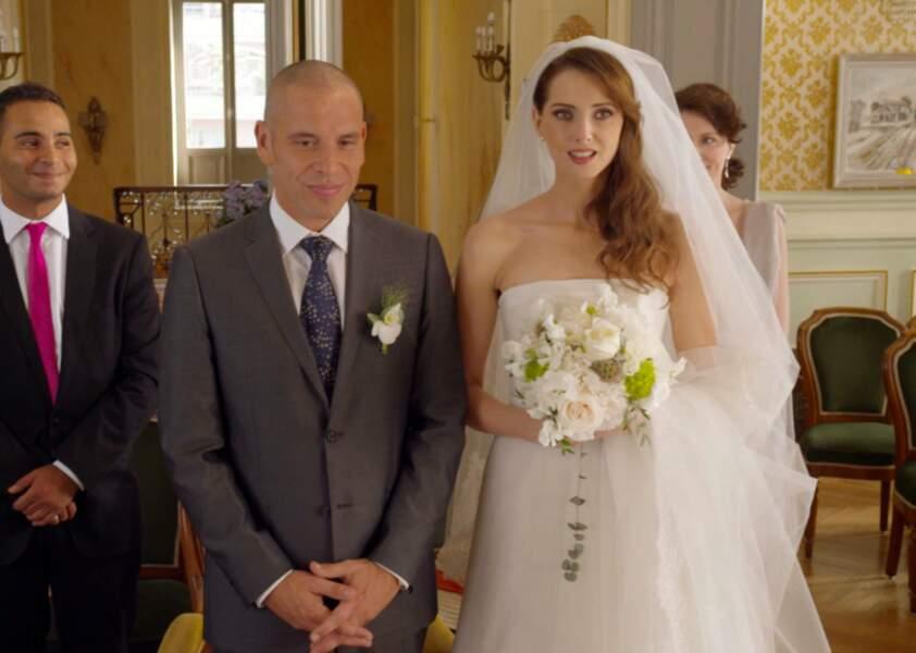 Heureuse mariée dans Qu'est-ce qu'on a fait au bon dieu ? (2014)