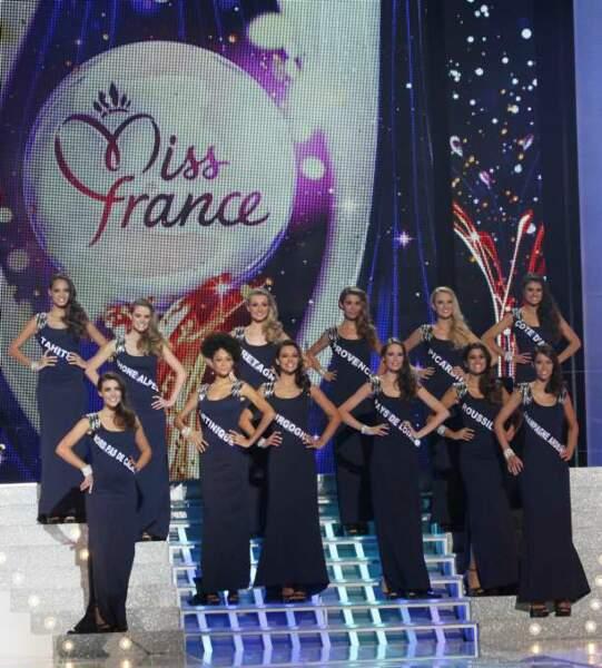 Les Miss en hommage à Mireille Darc