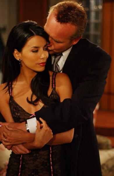 Elle obtient ensuite son premier rôle récurrent dans le célèbre soap opera Les Feux de l'amour, de 2001 à 2003