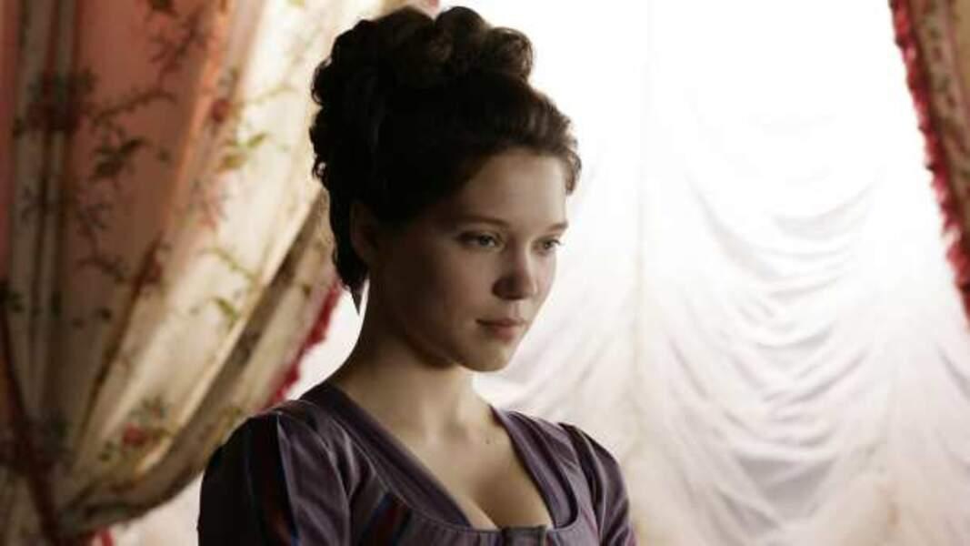Belle comme le jour dans Les Adieux à la reine (2012)