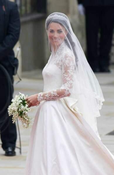 Kate Middleton à son arrivée à l'Abbaye de Westminster le jour de son mariage (29 avril 2011)