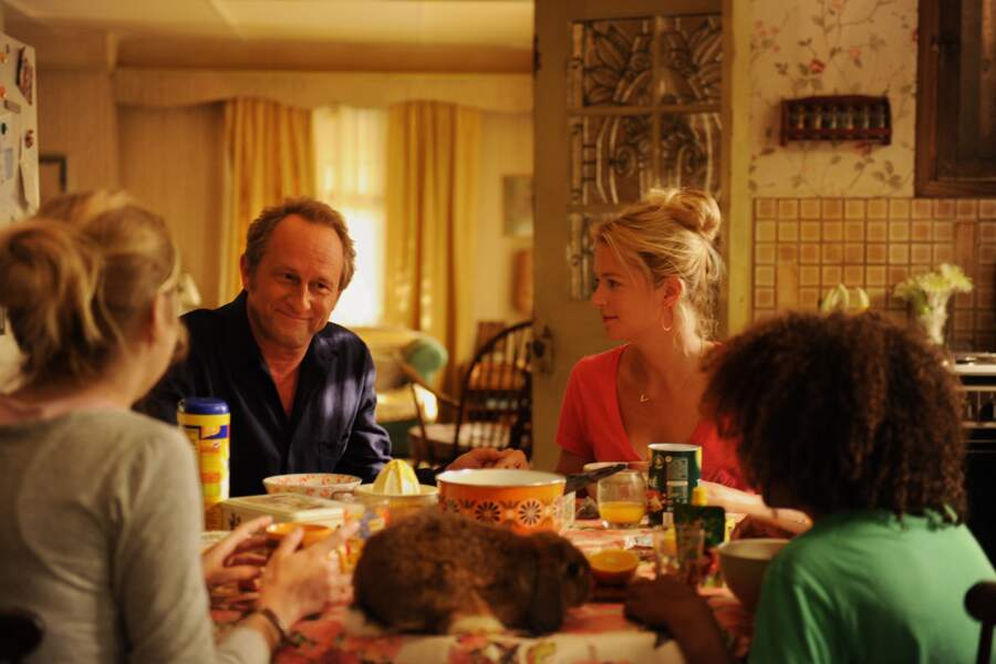 Benoit Poelvoorde, dans Une famille à louer (2015)