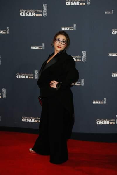 Marilou Berry est montée sur scène en petite culotte pour remettre le César des meilleurs costumes
