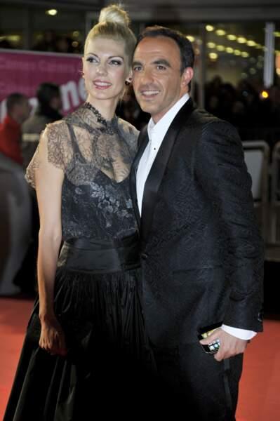 Sur le tapis rouge, l'animateur était accompagné de sa compagne Tina