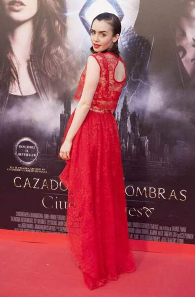 6) Lily Collins