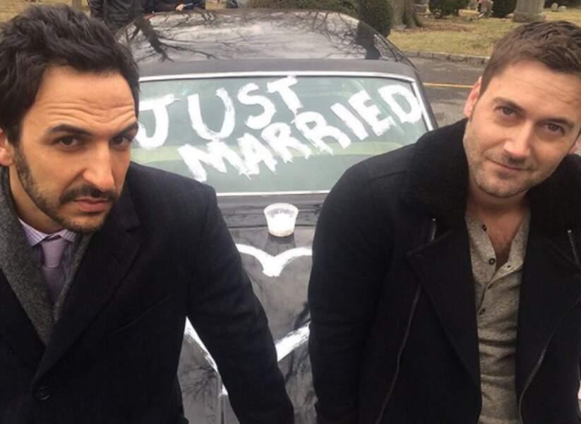 Amir Arison (Aram) et Ryan Eggold (Tom Keen) auraient-ils dans l'idée de garder cette voiture ?