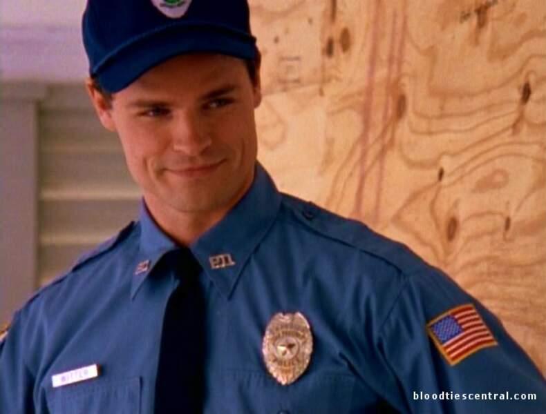 Dylan Neal : le frère policier de Pacey, qui a subi ses nombreux sarcasmes