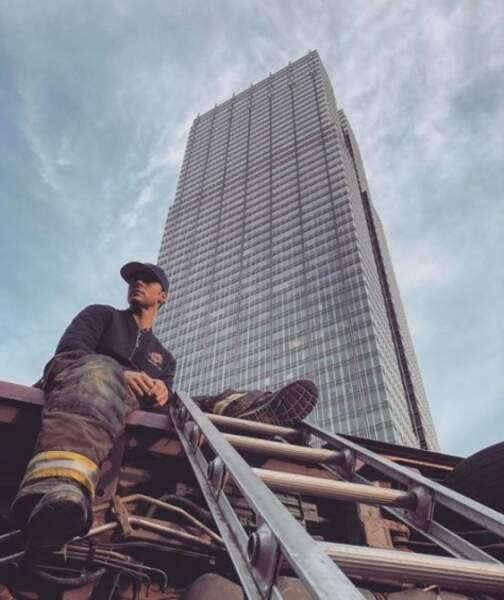 Le cadre est plus citadin, chez Chicago Fire.