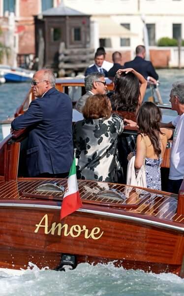 … à bord d'un vaporetto baptisé Amore
