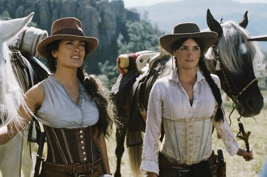 Penélope Cruz et Salma Hayek : duo de choc dans Bandidas (2006) !