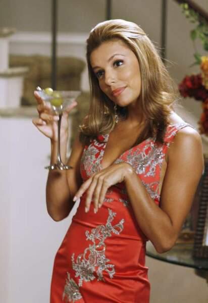 Desperate Housewives - Gabrielle et son cocktail