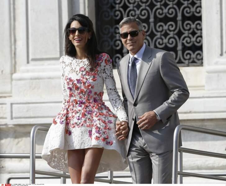 Monsieur et Madame Clooney quittent l'hôtel Aman dimanche matin