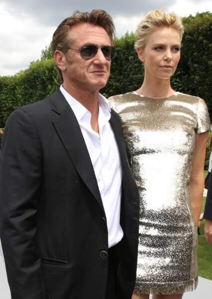 Sean Penn et Charlize Theron en duo au défilé Dior