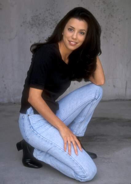 Née le 19 mars 1975 au Texas, Eva Longoria devient miss Corpus Christi, sa ville de naissance, en 1998