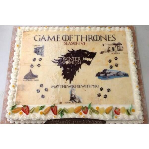 Mais c'est déjà fini ! On fête ça avec un gâteau d'au revoir (aux couleurs des Starks d'ailleurs...)