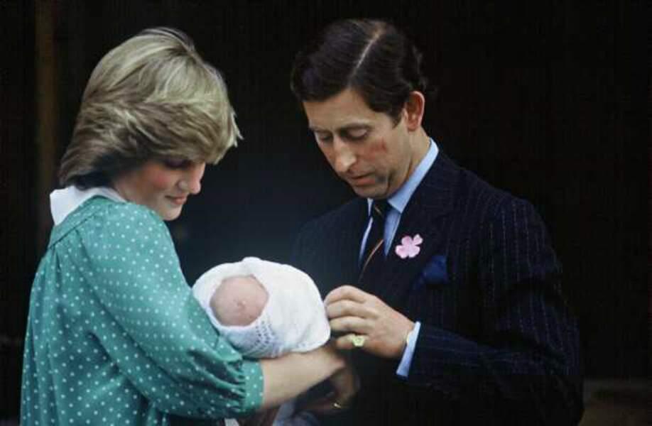 Il y a plus de 30 ans, Charles et Diana sortaient eux aussi de la maternité de l'hôpital St Mary