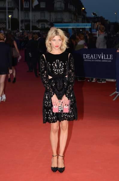 Clémence Poésy, adorable dans sa petite robe noire…