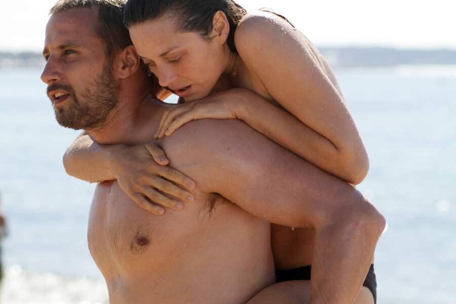 Mathias Schoenaerts et Marion Cotillard dans De rouille et d'os (2012)