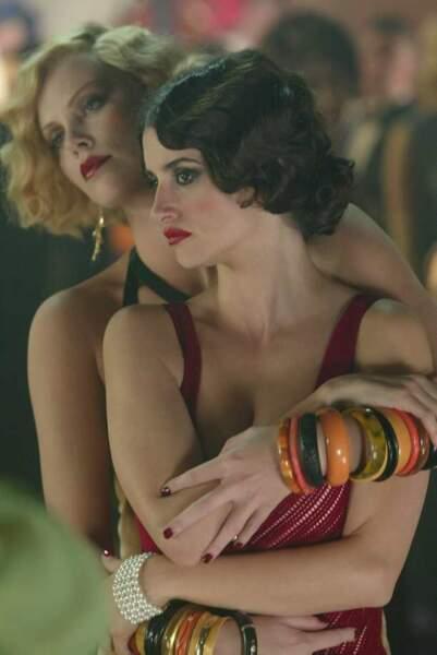 Charlize Theron et Penelope Cruz, amoureuses dans Nous étions libres (2004)
