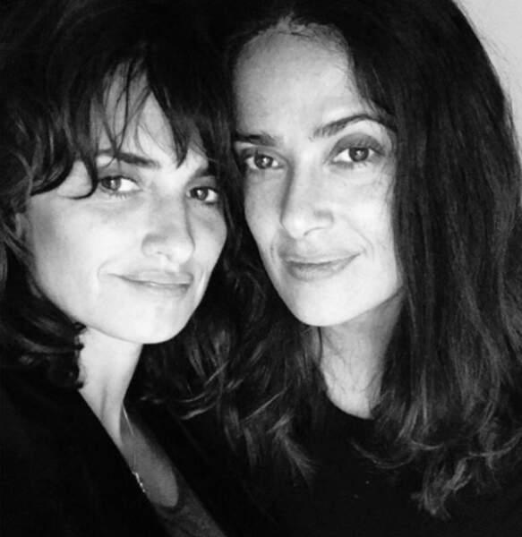 Les brunes comptent pas pour des prunes ! Avec sa copine Salma Hayek