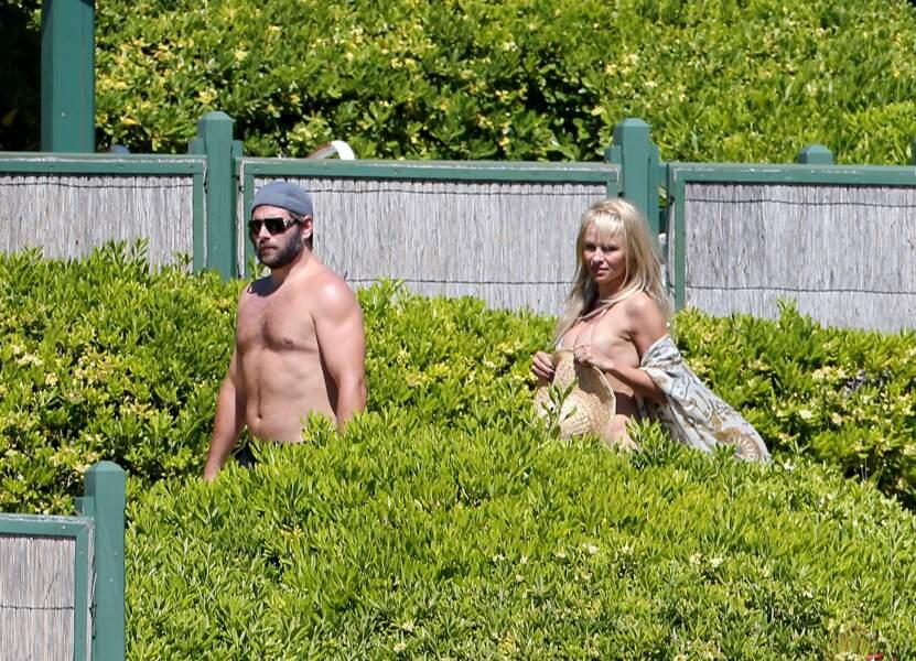 Pamela Anderson et son mari Rick Salomon. Ils pètent la forme !