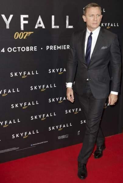 Daniel Craig toujours très élégant
