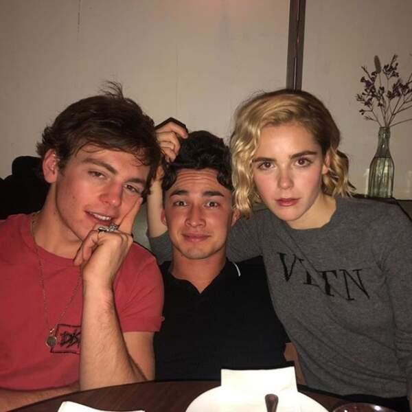 Trio magique : Ross Lynch, Gavin Leatherwood et Kiernan Shipka seront les héros de la série Sabrina sur Netflix