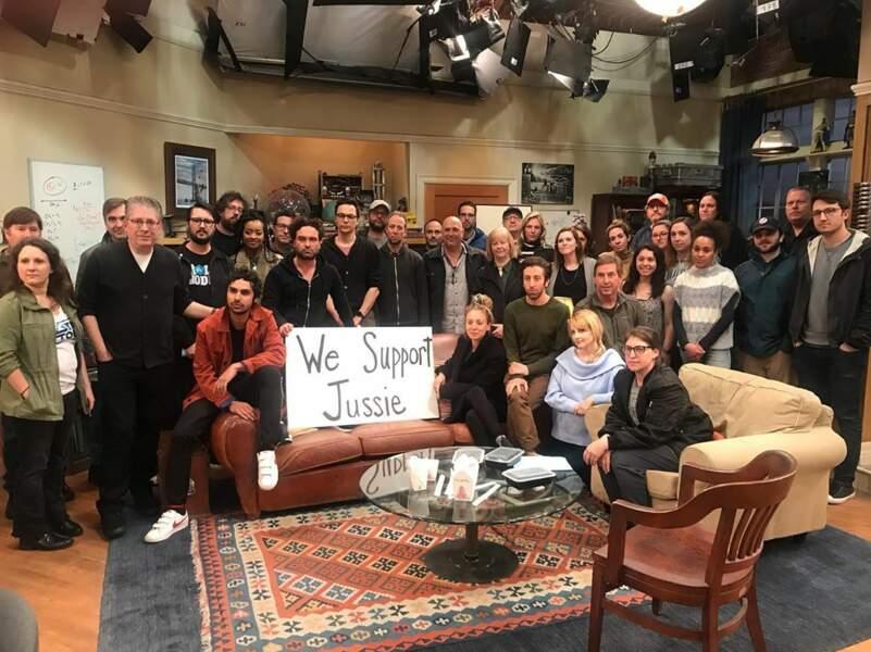 L'équipe de Big Bang Theory a rendu hommage à Jussie Smollett, victime d'une agression raciste et homophobe