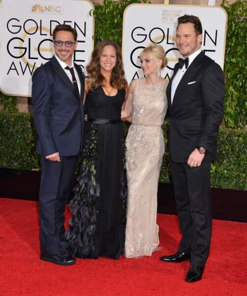 Photo de groupe : Robert Downey Jr., sa femme, Anna Faris et Chris Pratt