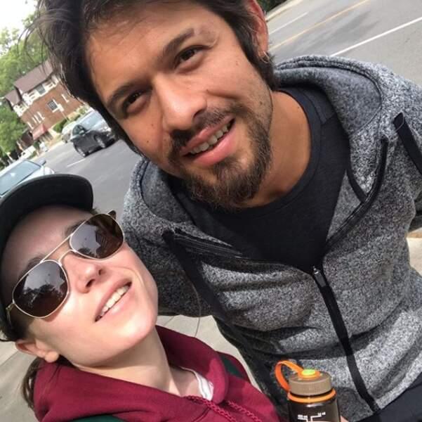 Celle qui incarne Vanya dans la série Netflix a aussi retrouvé son acolyte David Casastañeda