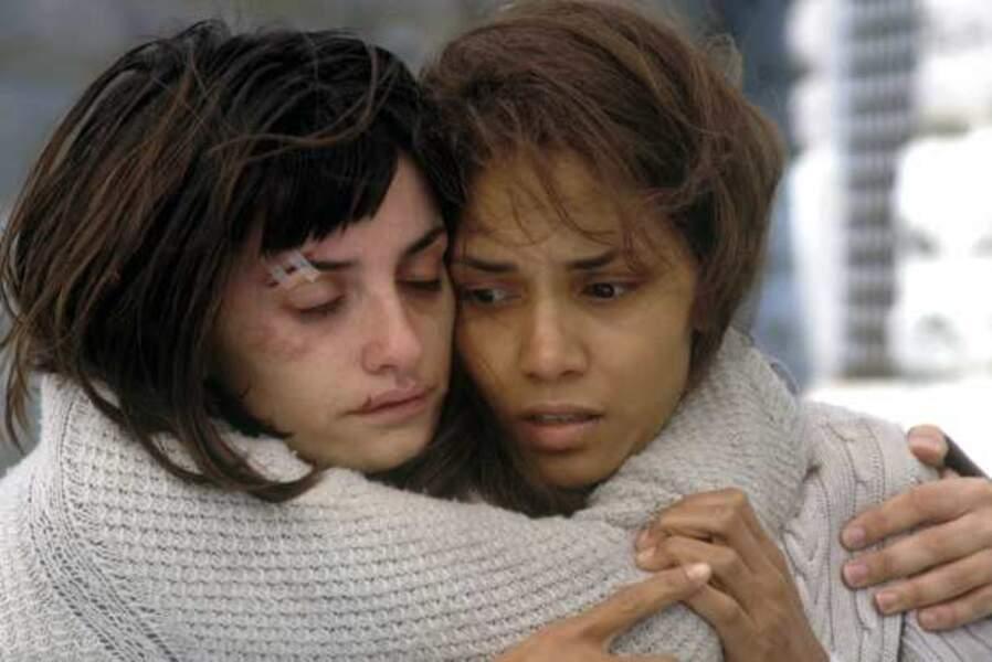 Cabossée dans Gothika (2003) avec Halle Berry