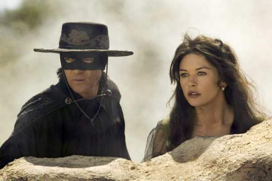 Avec Antonio Banderas dans La Légende de Zorro (2005)