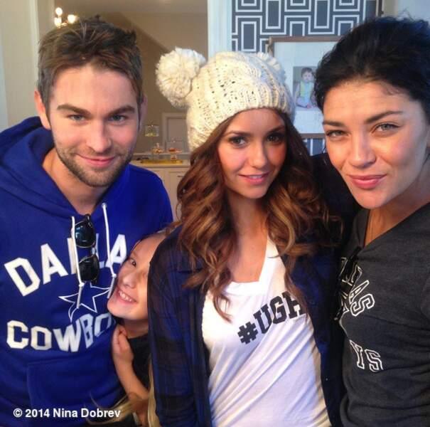 Nina Dobrev (Vampire Diaries) passe Thanksgiving avec Chace Crawford et Jessia Szhor de Gossip Girl