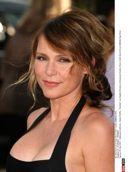 Dedee Pfeiffer n'est pas seulement la soeur de Michelle, elle est aussi l'une des ex de George Clooney.