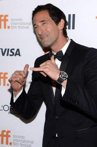 Adrien Brody pose