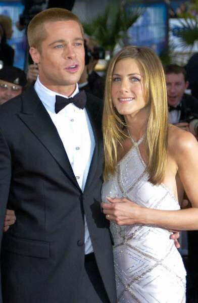 "...avant qu'il ne rencontre sa sexy ""Friend"" Jennifer Aniston, avec qui il se marie en 2000"