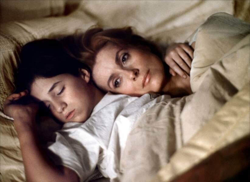 Paroles et musique d'Élie Chouraqui (1984), avec Charlotte Gainsbourg