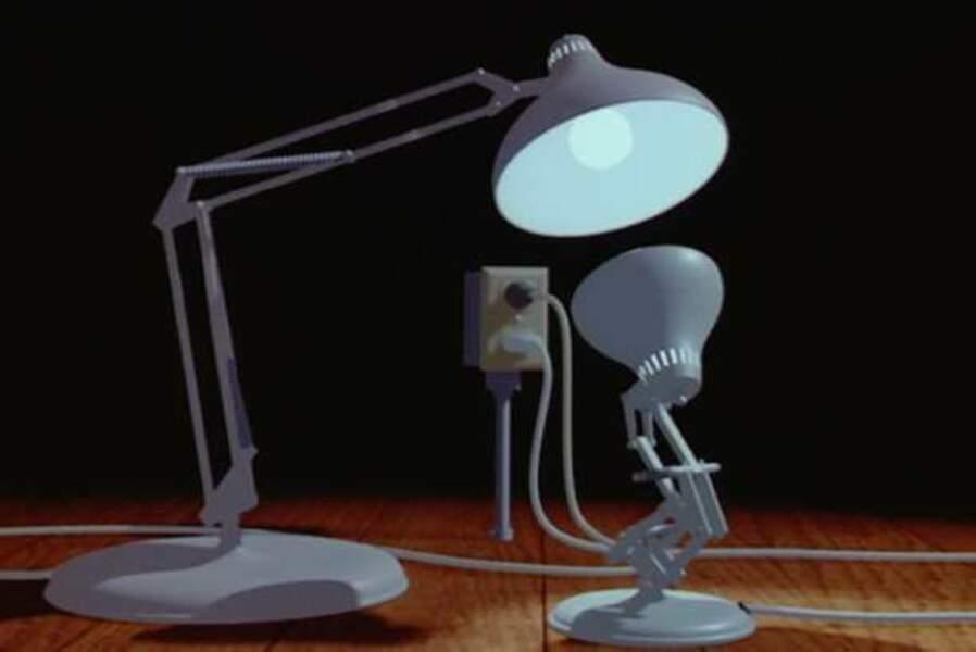 La lampe de bureau (Luxo Jr., court-métrage, 1986)