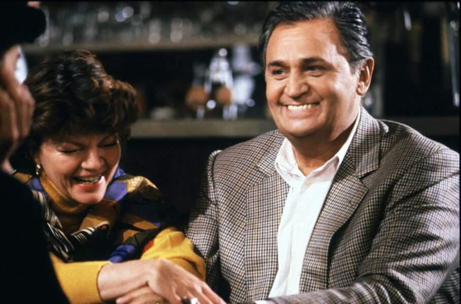 Roger Hanin avec Catherine Allégret, alias Ginou, la patronne du bar