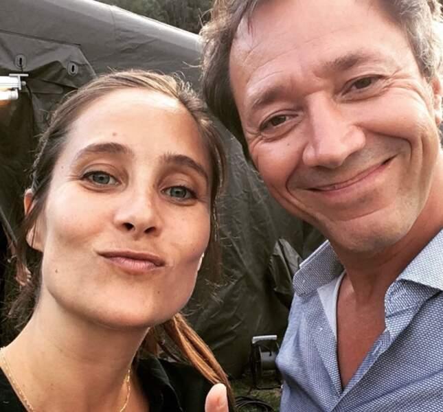 Julie de Bona fête la fin du tournage de Peur sur le lac, la série de TF1