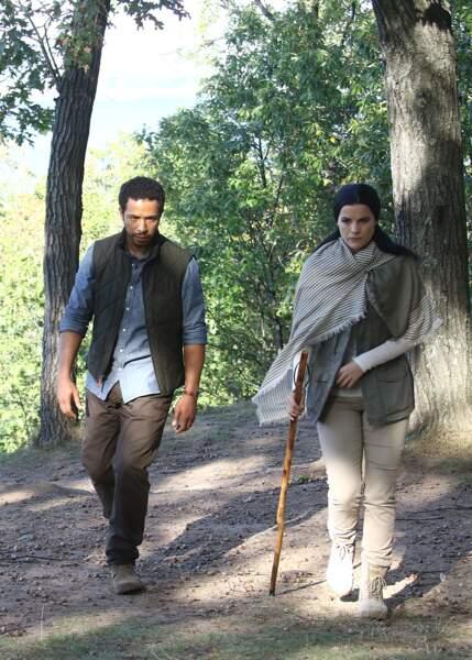 Jaime Alexander et Ukweli Roach ont l'air de partir en randonnée