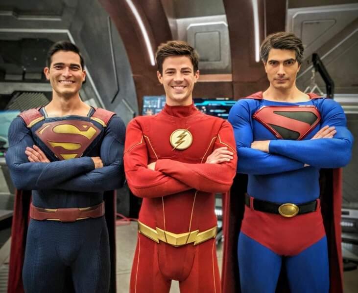 Arrowverse : Flash ne craint rien avec ses deux gardes du corps  aux muscles saillants !