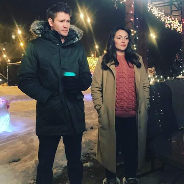 Chad Michael Murray et Italia Ricci ont aussi sorti les doudounes sur le plateau du téléfilm Alice in Winterland