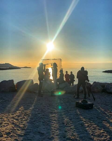 Plus belle la vie tourne sa dernière scène sous un magnifique coucher de soleil…