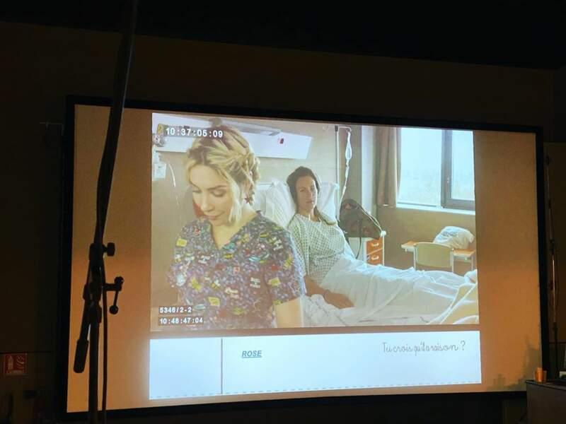 La série Nina accueillera bientôt Lorie. La chanteuse jouera une patient soignée pour un cancer du sein